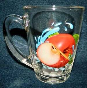 "КРУЖКА стеклянная ""Яблоко красное"" 300 мл (арт. 07с1334ДЗЯКК, код 123223)"