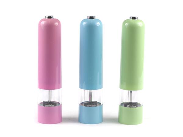 МЕЛЬНИЦА ДЛЯ ПЕРЦА пластмассовая 22 см (код 257932) (работает от батареек)
